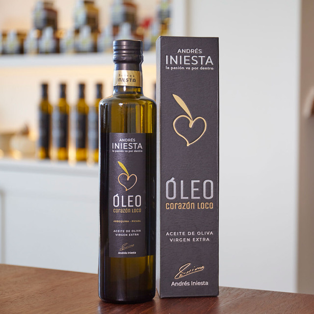 【500ml 賞味期限2021年2月 】Bodega Andres Iniesta Extra Virgin Olive Oil Corazon Loco Oleo 500ml / エクストラバージンオリーブオイル コラソン・ロコ・オレオ 500ml