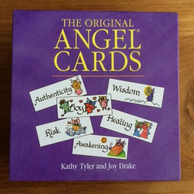ANGEL CARDS エンジェル・カード