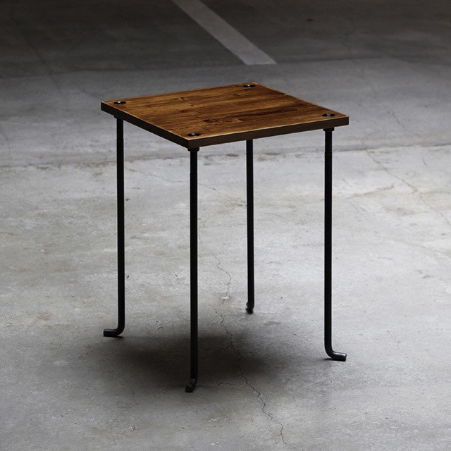 カフェテーブル アイアン家具 アンバー色