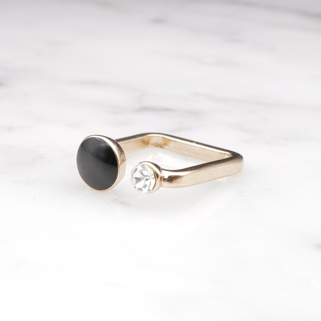 【RESTOCK】CRYSTAL AND ENAMEL COMBI RING BLACK
