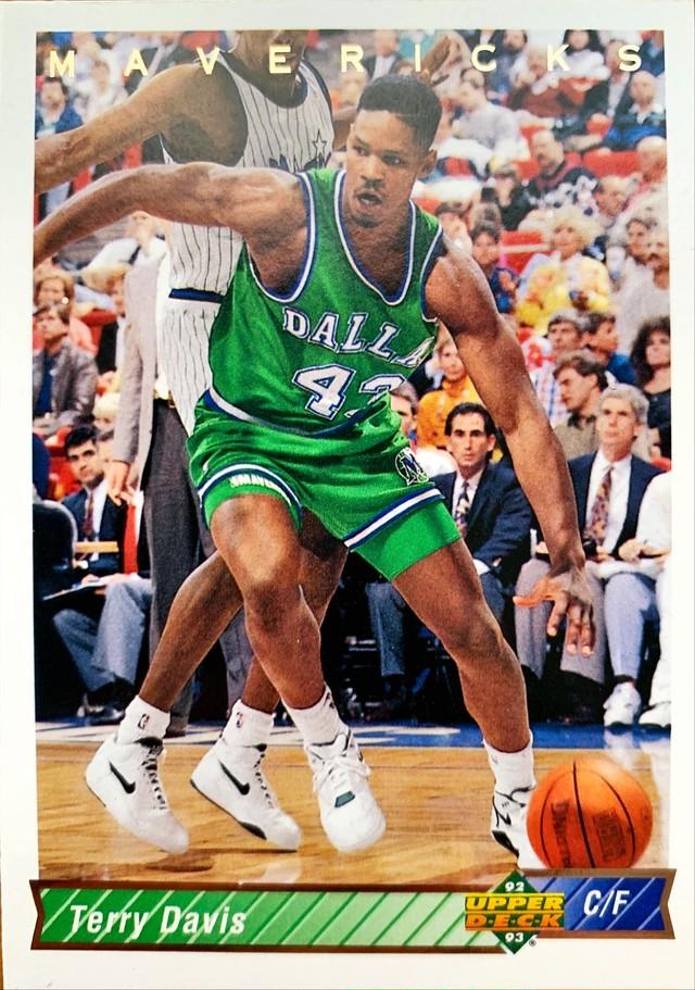 NBAカード 91-92UPPERDECK Pervis Ellison #385 BULLETS