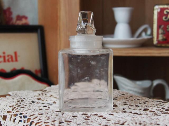 スメリングソルトのボトル