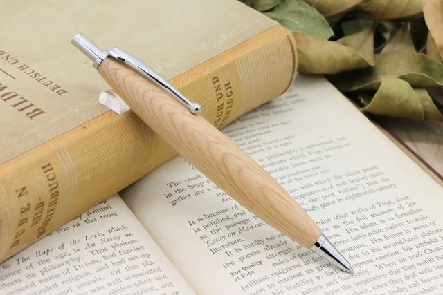 受注制作「Luna Pencil Ⅱ 0.5mm・琥珀の飴色 老木松の肥松/コエマツ」 Viriditas手作りシャープペンシル