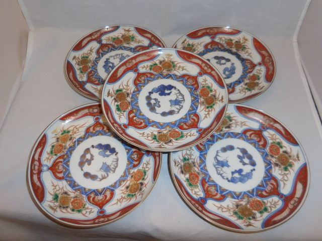 犬香合 porcelain incense box(dog)(No7)