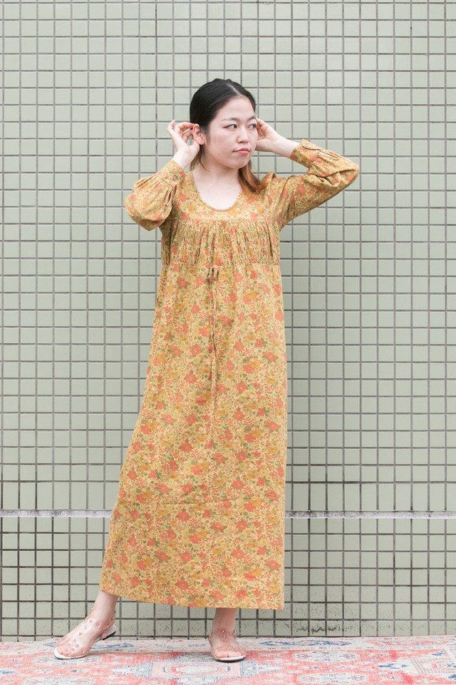 【Jabberwocky】1970's Handmade liberty print dress yellow (D130)