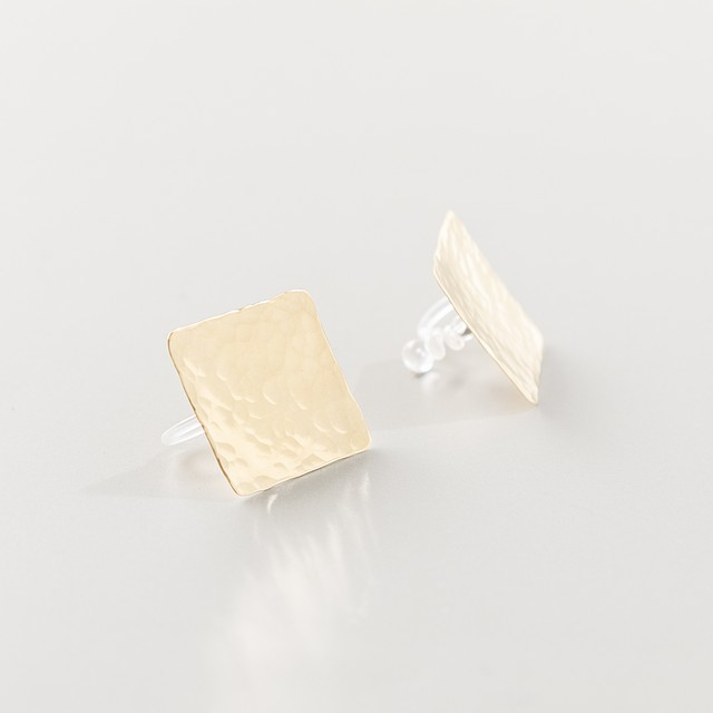 brass   earring【 hammered ・ square 16mm 】