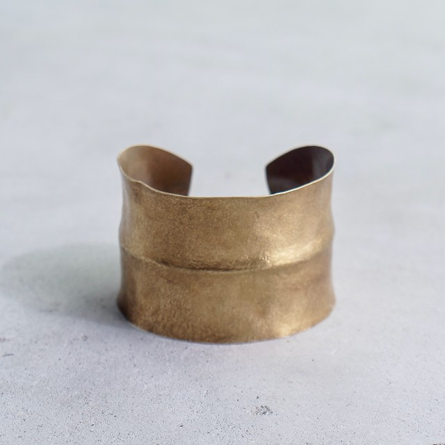 brass bangle / 4cm