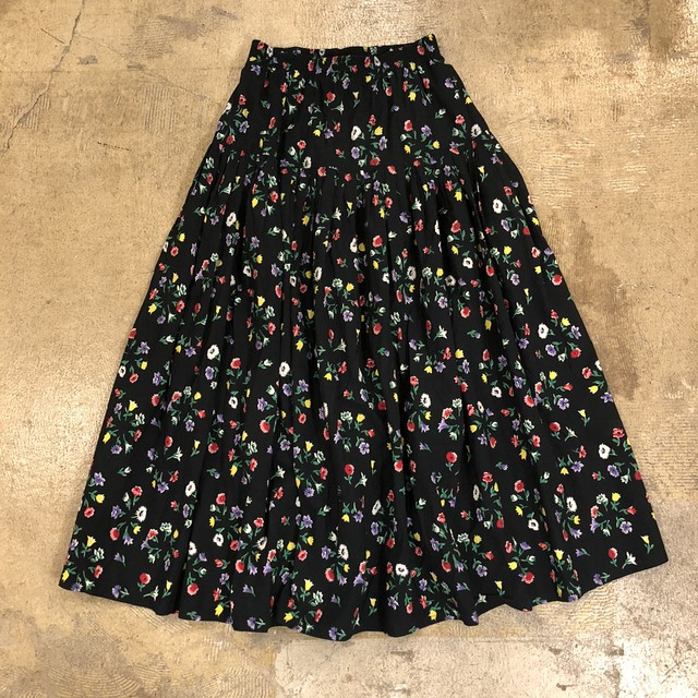 Real Clothes Floral Long Skirt ¥6,200+tax