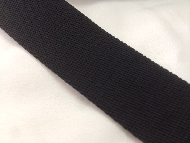 柔らかい感触のポリエステルテープ 厚手 38㎜幅 5m 黒