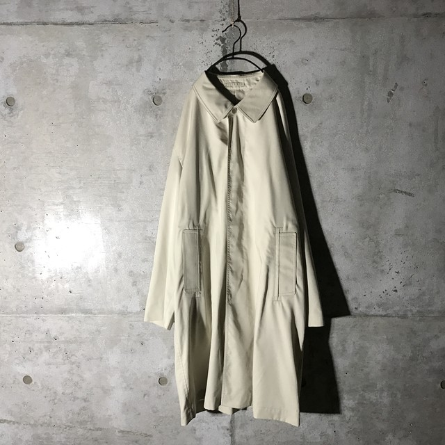 [used] white spring trench coat