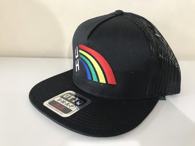 "UNIVERSITY OF HAWAII ""RAINBOW"" TRUCKER CAP (BLACK)"
