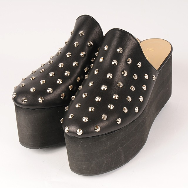 df18AW-S01 STUDS EVA DESIGN SHOES (black)