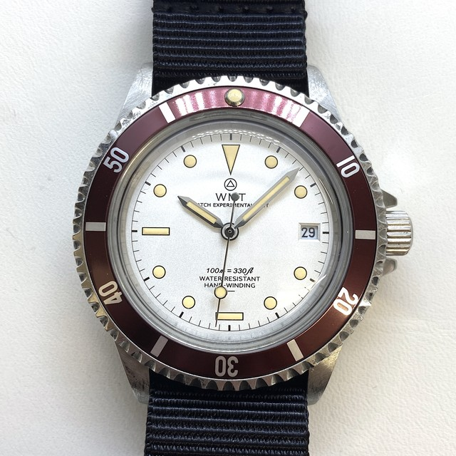 W.MT WATCH  ROYAL MARINE WHITE FROGMAN  (AGED CASE) WMT170-06