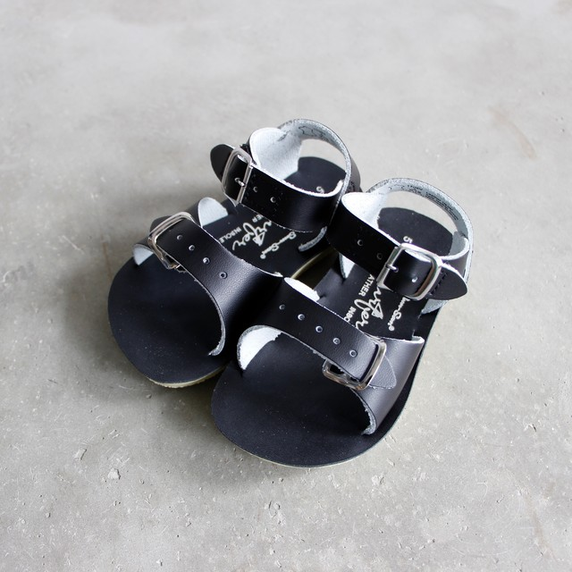 《SALTWATER SANDALS》Surfer / black / 16.3-22.4cm