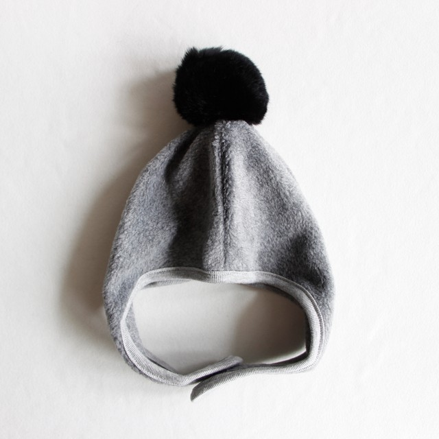 《chocolatesoup》FLEECE POMPOM BONNET / gray