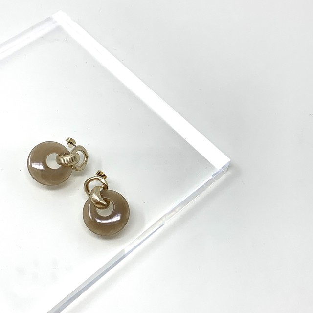 Round Resin  Pierce
