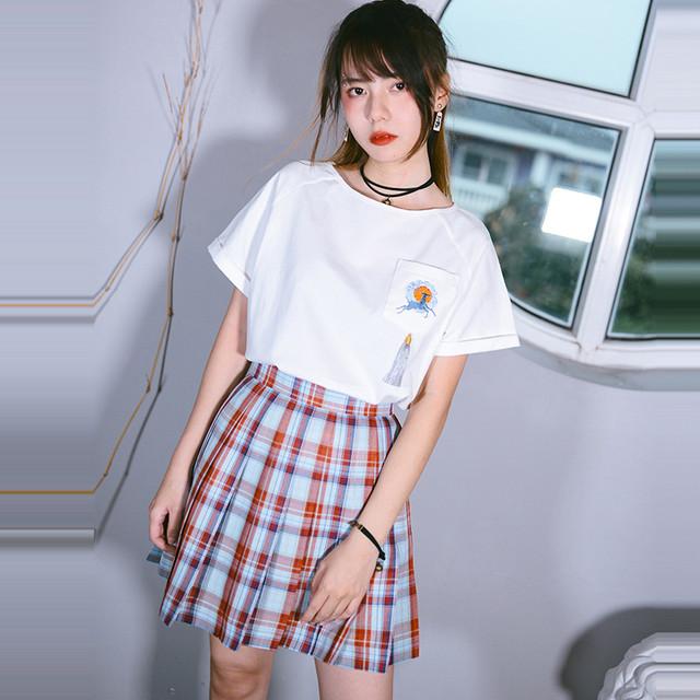 【古怪舍シリーズ】★チャイナ風Tシャツ★ トップス 刺繍 鹿 しか ゆったり 肌触りいい ホワイト 白い