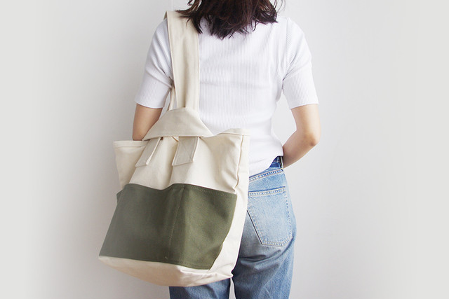 CLOUCHY SHOULDER BAG (キナリ×オリーブ)