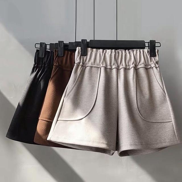厚手素材のワイドポケットショートパンツ《送料無料・お取寄せ》FWBT001