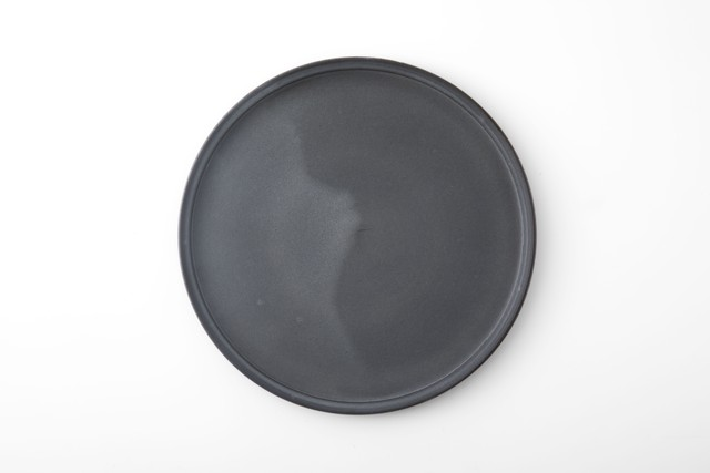 黒泥皿 : 8寸 / 3RD CERAMICS