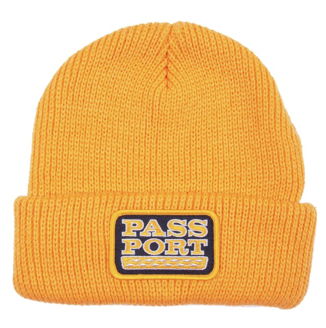 PASS~PORT AUTO PATCH BEANIE GOLD