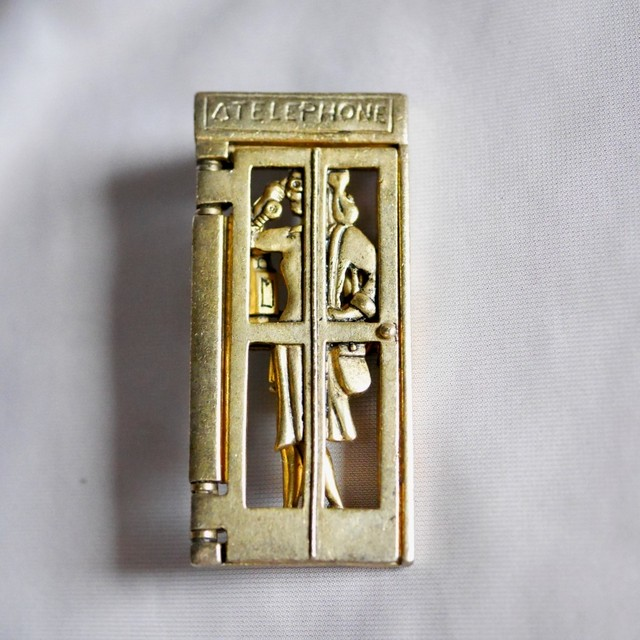 電話ボックス AJC ブローチ