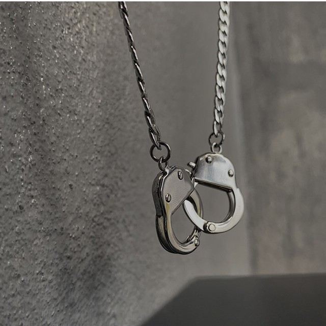 【NEW ITEM10%off〜11/24】Handcuffs necklace Ou5