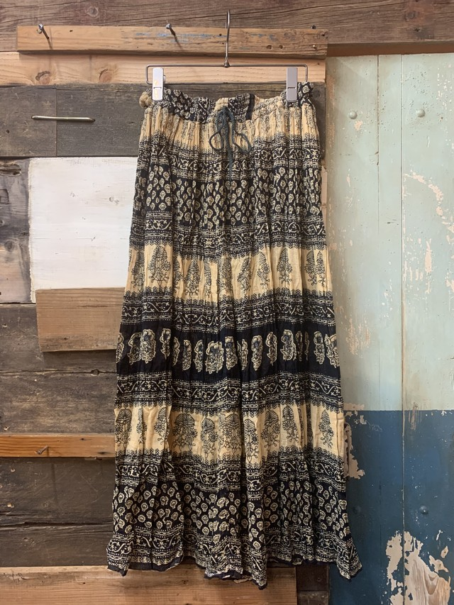 OLD INDIA SKIRT