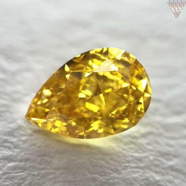 0.37 ct FANCY VIVID ORANGE-YELLOW VS2 PEAR GIA 天然  ダイヤモンド ルース