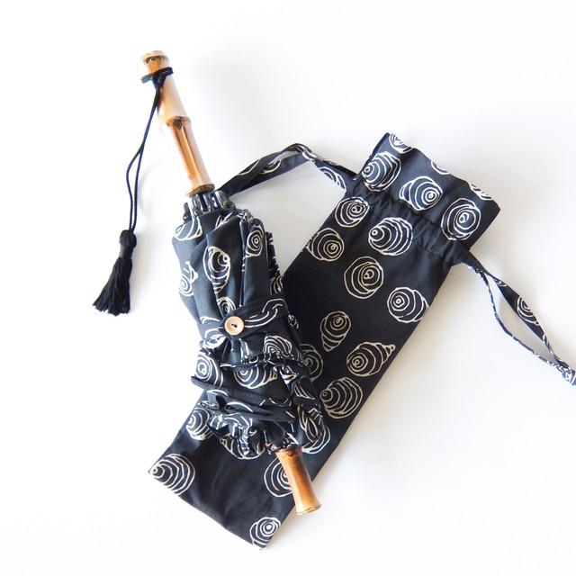 傳 tutaee - ツタエノヒガサ うさぎのたすき - 折り畳み日傘 - 波泡黒