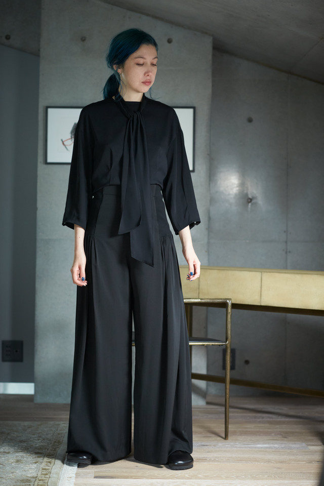 【予約販売】BLOUSE - BLACK