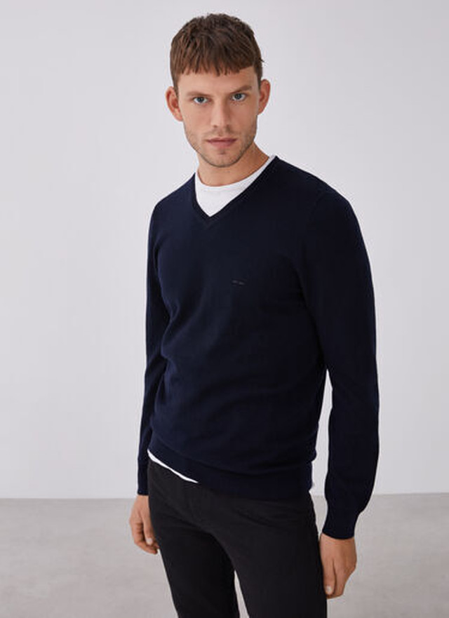 MERINO WOOL SWEATER WITH V-NECKLINE