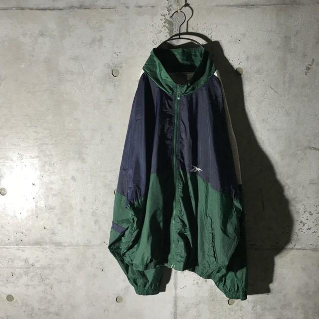 [ Reebok ] two tone logo pointed nylon jacket