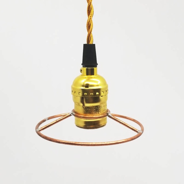 細い銅管を溶接したペンダントライト