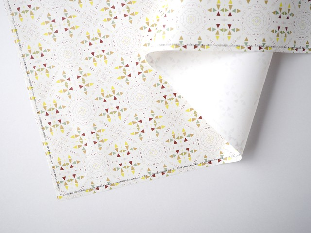 石の素材ハクアを使った包装紙[ブラウンパターン] B2サイズ 10枚