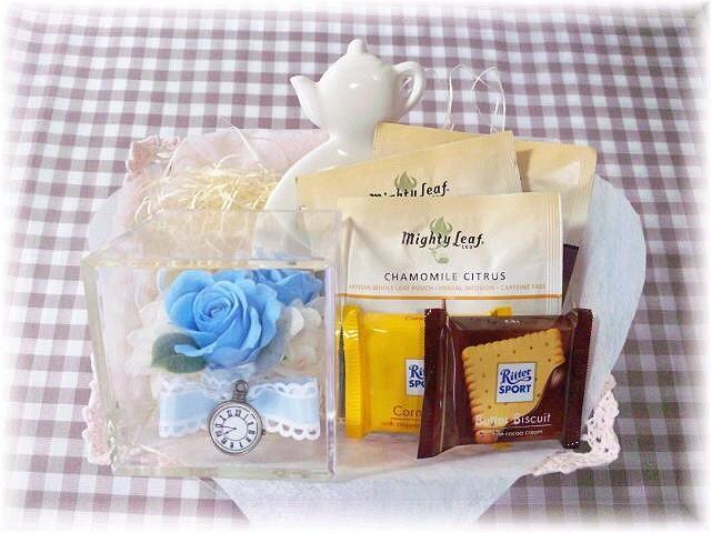 「アリスのティーパーティー」〜紅茶と焼き菓子セット〜