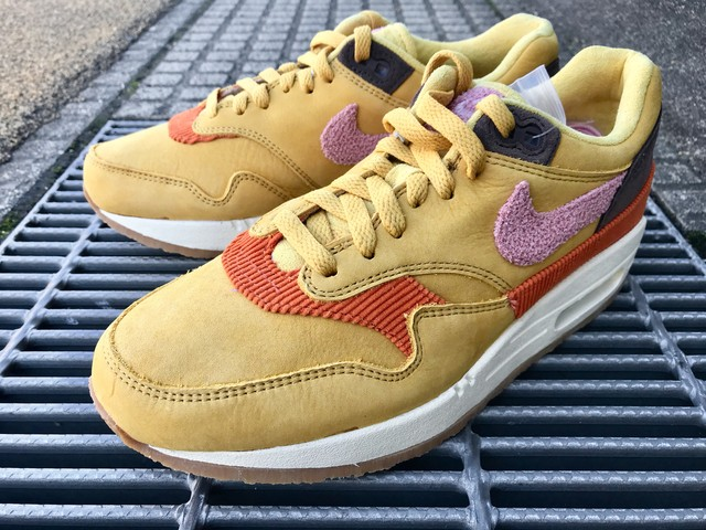 NIKE AIR MAX 1 (WHEAT GOLD/RUST PINK)
