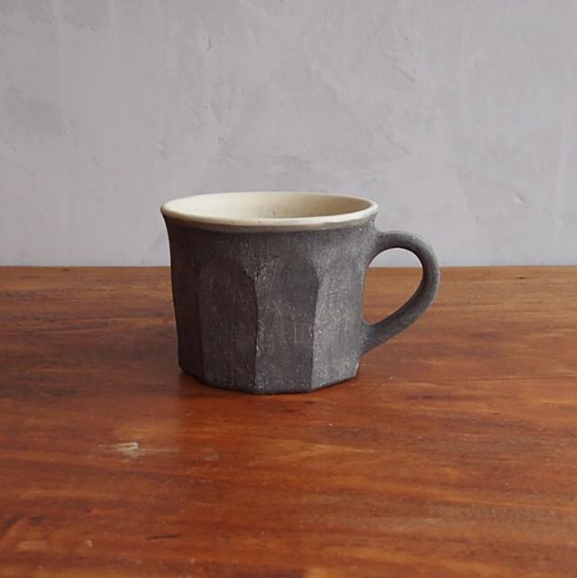 吉田健宗 | 黒ガサガサ面取コーヒーカップ