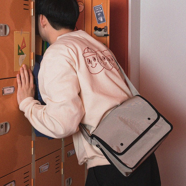 [OH,LOLLYDAY!] O,LD! メッセンジャーバッグ big (全2色)