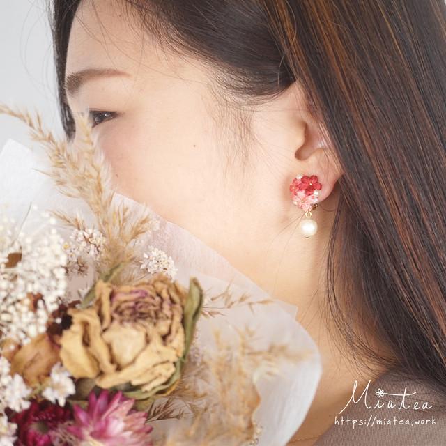 三つ花のブーケ「あじさい」*刺繍糸のお花ピアス/イヤリング