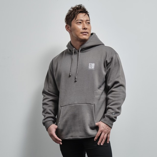 pullover parka (CEMENT)