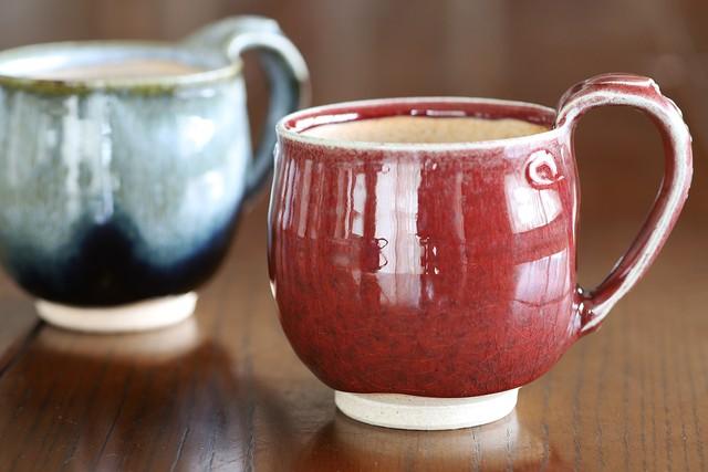 辰砂釉 マグカップ 作:谷井芳山・谷寛窯(信楽焼)