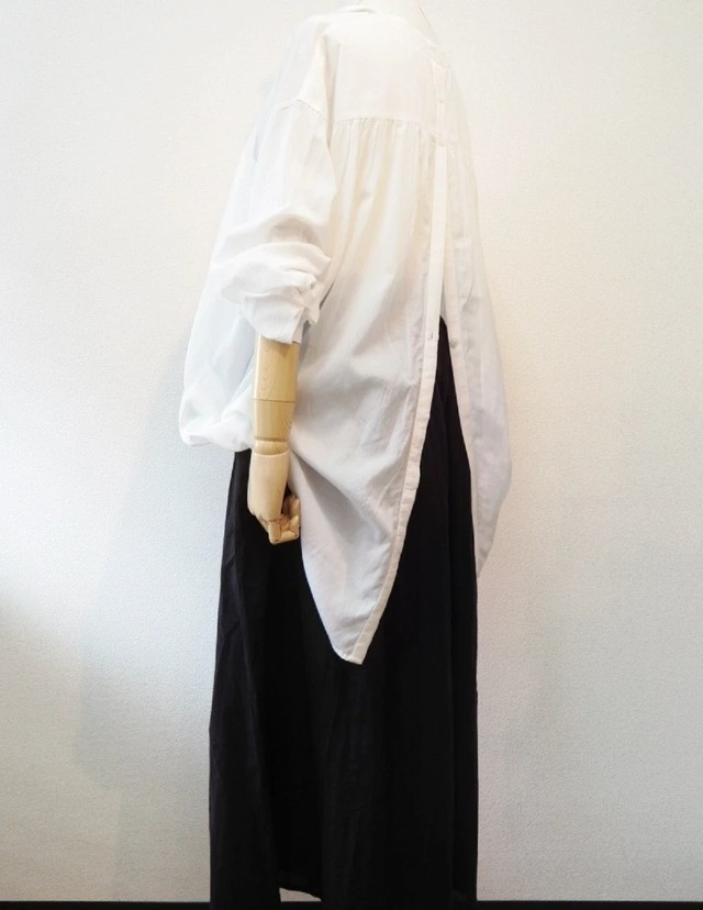 airy long blouse
