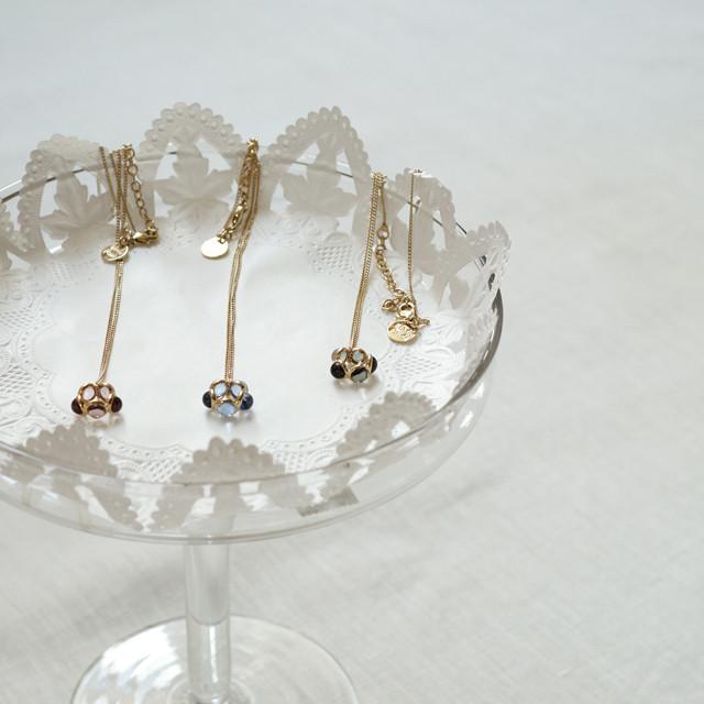 真鍮フレーム・ガラスパールネックレス *IMUKA TIMUKAT Paris(イムカティムカ)