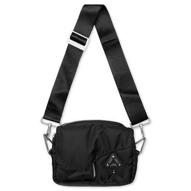 A-COLD-WALL* / PADDED ENVELOPE CROSS BODY BAG