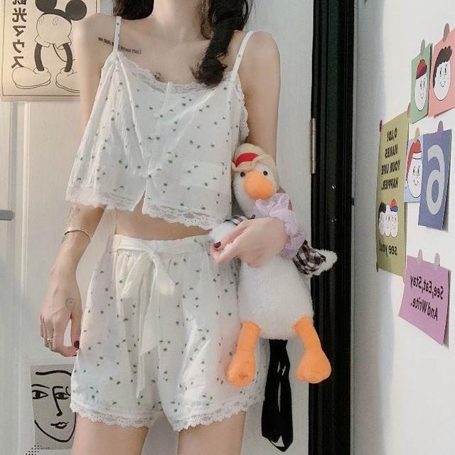 【送料無料】 夏のおうちスタイル♡ 小花柄 キャミソール × ショートパンツ 上下 ルームウェア パジャマ セット