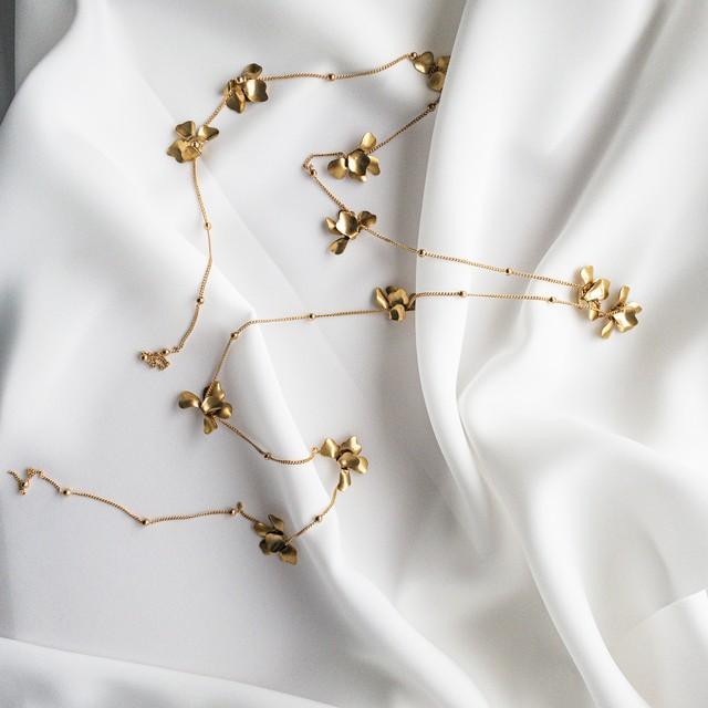 Dot chain flower head dress