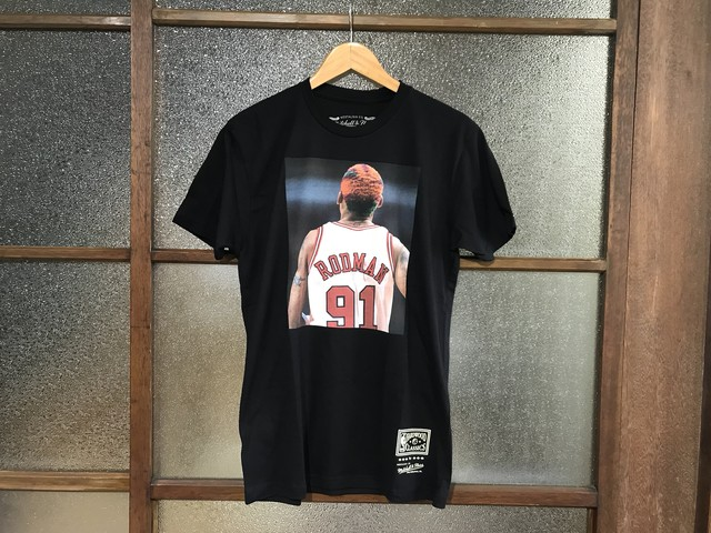 MITCHELL & NESS RODMAN TEE (BLACK)
