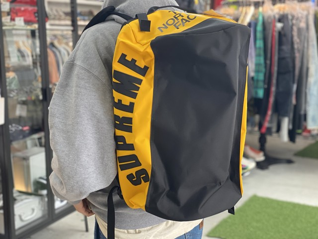 Supreme 19SS × THE NORTH FACE ARC LOGO SMALL BASE CAMP DUFFEL BAG YELLOW NM81946I IE4784