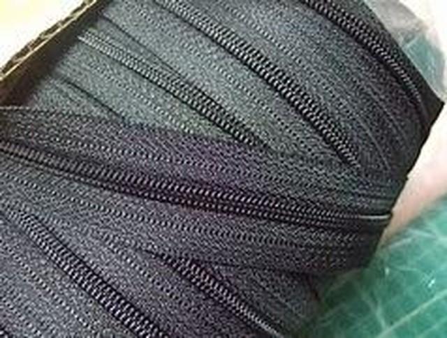 YKK コイルファスナー 8c 黒/カラー チェーン 10m単位